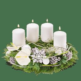 Adventskranz weiß