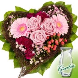 Blumenstrauß Herzenswunsch mit Vase
