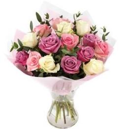 Rosenstrauß verschicken rosa Rosen