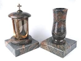 designgrab grablampe aus messingfarbenem aluminium in antikoptik mit kreuz und g 2