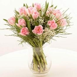 """Blumenversand im Frühling - unser Blumenstrauß""""Feelings"""" - mit rosa gefüllten Tulpen, Schleierkraut und frischem Heidelbeergrün - Deutschlandweit - 1"""